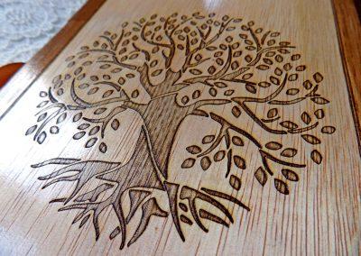 Дървен албум с гравюра